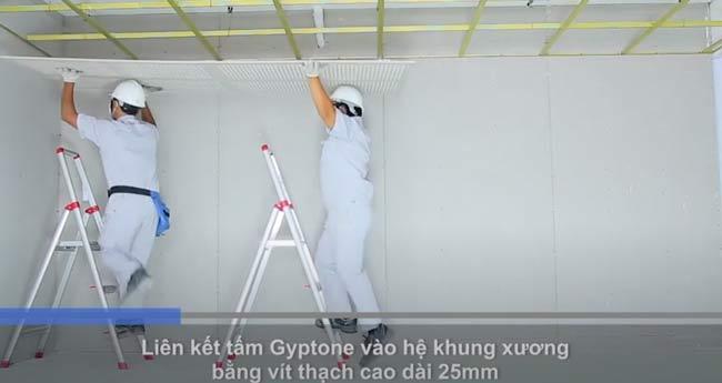 Liên kết tấm Gyptone vào hệ thống khung xương bằng vít thạch cao dài 25mm