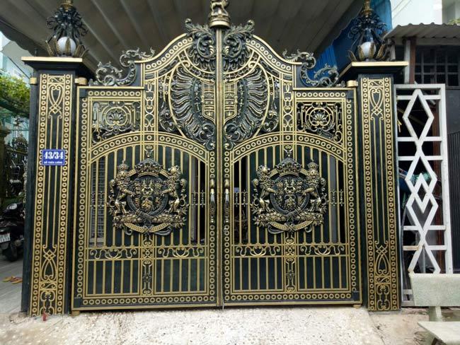 Ưu điểm của cổng nhôm đúc